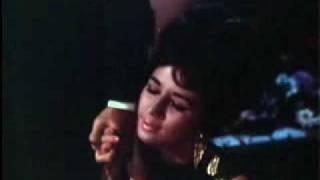 Bheegi Hui is Raat ka Aanchal Kehta Hai | Neend Hamari Khwab Tumhare (1966) | Asha Bhonsle | {Old Is Gold}