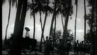 Mujhe Dekho Hasraton ki Tasveer Hoon Main - Baaz (1953) - Talat Mehmood - {Old Is Gold}