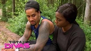 Naomi and Jimmy Uso make up and save their family vacation: WWE Total Divas: September 8, 2015