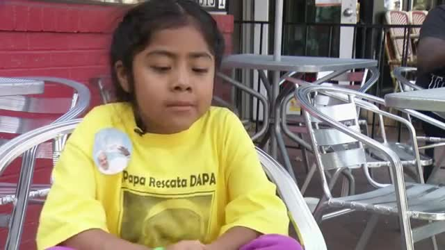 Little Girl Shares Immigration Message with Pope
