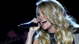 CARRIE UNDERWOOD Gives Fans Surprise Show!