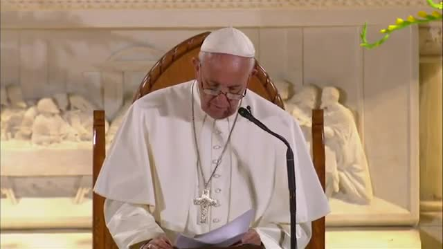 Pope Francis Tells Homeless God Suffers Too