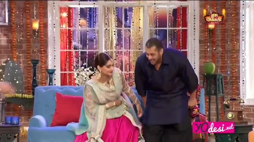 Comedy Nights with Kapil - Salman Khan promotes Prem Ratan Dhan Payo - 8th Nov 2015 - Part 2/5