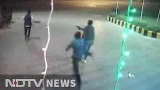 Murder at Gurgaon petrol pump caught on CCTV Camera
