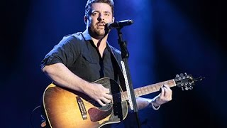 Chris Young Is a Hopeless Romantic