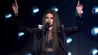 Selena Gomez Performs 'Same Old Love' At the American Music Awards 2015