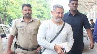 Aamir Khan Leaving India? | Spotted At Mumbai Airport
