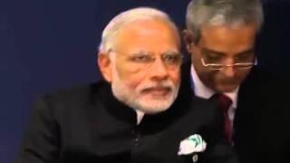 PM Modi meets Japanese PM Shinzo Abe in Paris