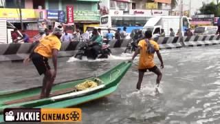 Chennai Velachery Road Flooded due to heavy Rain | Boats & Buses on Road