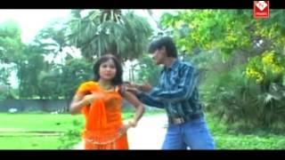 New Bhojpuri Hot Song    Chhotka Choli Me Badka Saman Ba    Suman Sangam