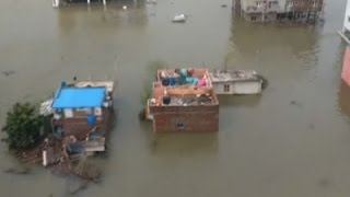Raw: Heavy Rains Cause Severe Flooding In India