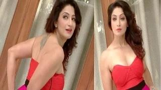 Aakruti Nagpal's super SIZZLING and STUNNING Photoshoot Video