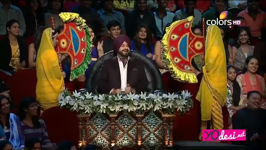 Comedy Nights with Kapil - <span class='mark'>Deepika Padukone</span> & Ranveer Singh promotes Deewani Mastani - 13th December 2015 - Part 1/4