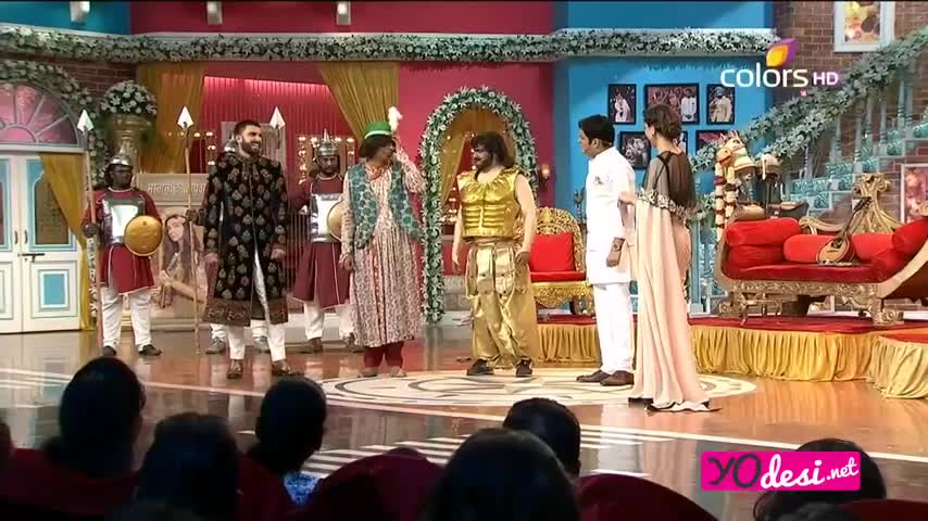 Comedy Nights with Kapil - <span class='mark'>Deepika Padukone</span> & Ranveer Singh promotes Deewani Mastani - 13th December 2015 - Part 3/4