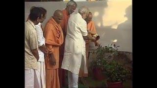 PM Modi pays respects to Narayana Guru at Sivagiri Mutt, Varkala in Kerala