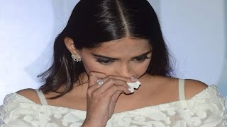 Sonam Kapoor CRIES at Neerja TRAILER LAUNCH | UNCUT VIDEO