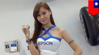 Tomogirl Zhuzhu is working as a showgirl for Epson and will leave an imprint on you