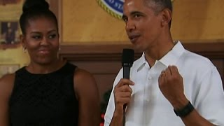 The Obamas Visit Troops on Christmas Day
