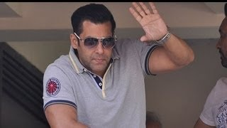 '50 years of Salman Khan in 200 Seconds'