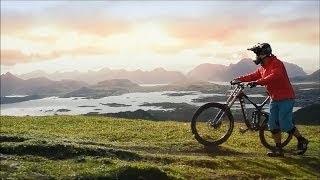 Russian Girl Does Amazing Bike Tricks