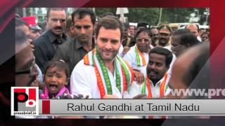 Rahul Gandhi meets flood victims in Tamil Nadu