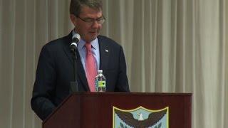 Carter: 10 Prisoners Transferred from Guantanamo