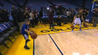 NBA: Stephen Curry Invites Young Fan to Try His Pregame Dribbling Routine