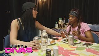 Paige gives Alicia Fox advice about Eva Marie: WWE Total Divas Bonus Clip: February 2, 2016