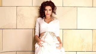 Sonam Kapoor Unveils Neerja Bhanot Plaque At Xaviers Institute