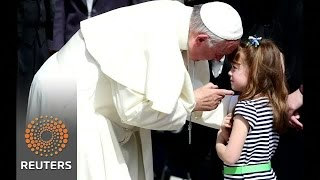 Pope blesses U.S. girl facing sight loss