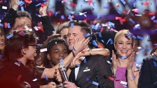 ShowBiz Minute: 'Idol,' Hathaway, Theron