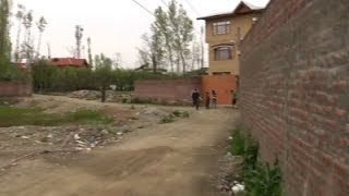 Locals Experience Tremors After Quake in Kashmir