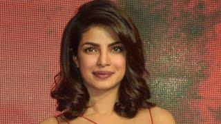 Baadshaho - Priyanka Chopra  Athiya Shetty - Fashion Tips  Sanjay Dutt  Bollywood Cafe