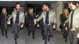 Jennifer Aniston & Justin Theroux Hold Hands on Romantic Date