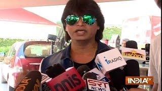 FAN Movie Review: Shahrukh Khan's FAN is a Big HIT, Say Public