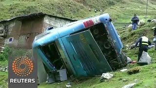 Bus crash kills at least 24 in Peru