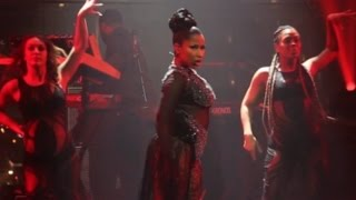 "Nicki Minaj Dedicates ""Anaconda"" Performance To Donald Trump & Joe Biden at Time 100 Gala"