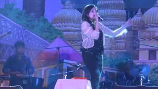 Monali Thakur sings zara zara touch me
