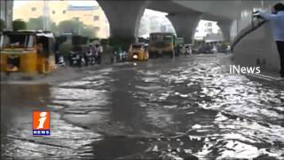 Heavy Rain and Air in Hyderabad  Brake to Power Supply  iNews