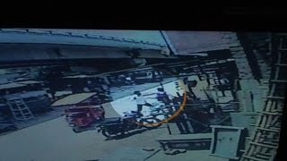 On Cam  Goons fires at a man in Hapur, loot cash