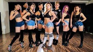 Beyonce 7/11 choreo by FRAULES feat. Kick ass ball team in Taiwan