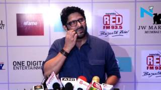 When Arshad Warsi threatens to slap a reporter