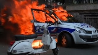 Raw: Paris Police Car Set on Fire