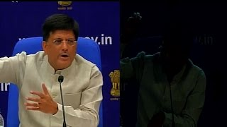 Power failure during press conference embarrasses power minister