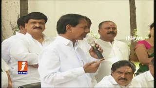 TDP MP Malla Reddy Joins TRS Party | iNews