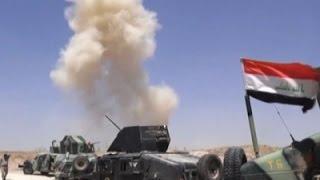 Raw: Iraqi Troops Fight IS Group in Fallujah