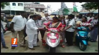 YSRCP MLA Roja Filed Cheating Case Against CM Chandrababu In Nagari Police Station   iNews