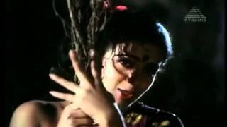 Mama Mama Muthukkal Moondru [Tamil Movie Song]