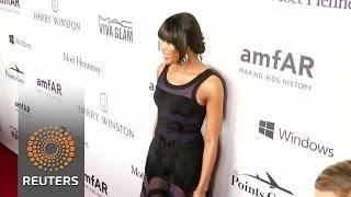Naomi Campbell picks up honor from amfAR