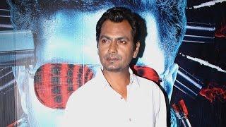Nawazuddin Siddiqui -Slap Stick Comedy | Anushka & Virat Kohli | Randeep Hooda | Bollywood Cafe